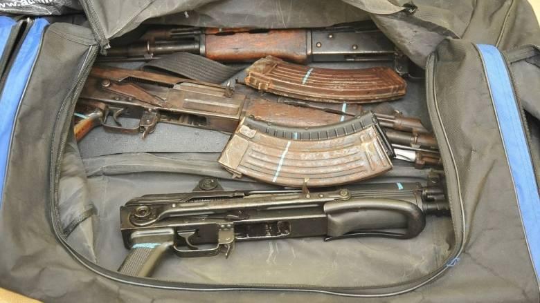 Κύκλωμα εμπορίας όπλων: Μέσα από τη φυλακή συντόνιζε το κύκλωμα