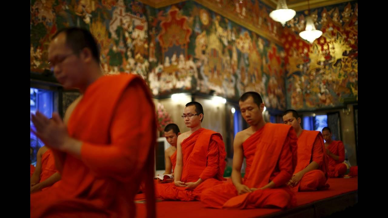 https://cdn.cnngreece.gr/media/news/2016/01/14/18470/photos/snapshot/THAILAND-BUDDHISM8.jpg