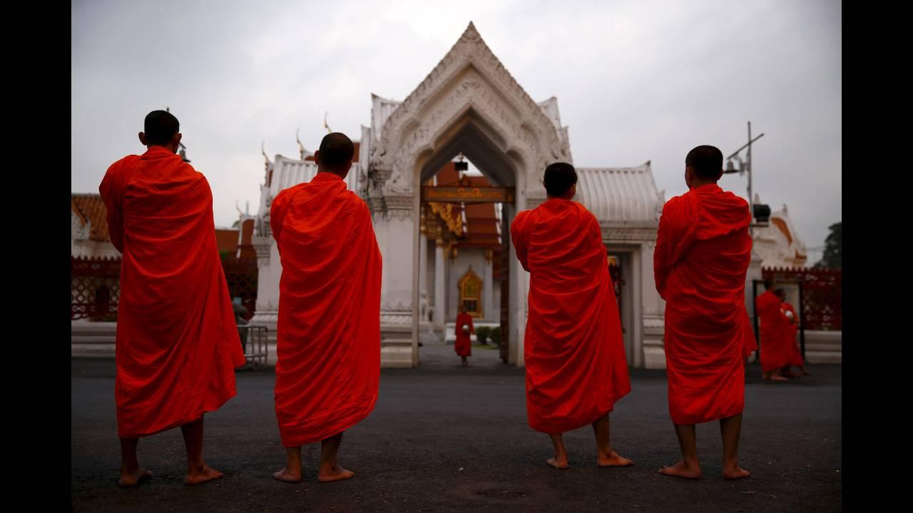 https://cdn.cnngreece.gr/media/news/2016/01/14/18470/photos/snapshot/THAILAND-BUDDHISM9.jpg