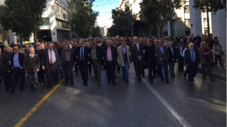 Θα νεκρώσουν τα δικαστήρια- Έως τις 22 Ιανουαρίου συνεχίζεται η αποχή των δικηγόρων