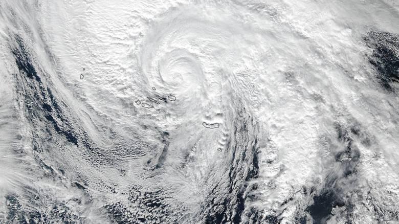 Βίντεο και εικόνες της NASA από τη δημιουργία του τυφώνα Άλεξ στις Αζόρες