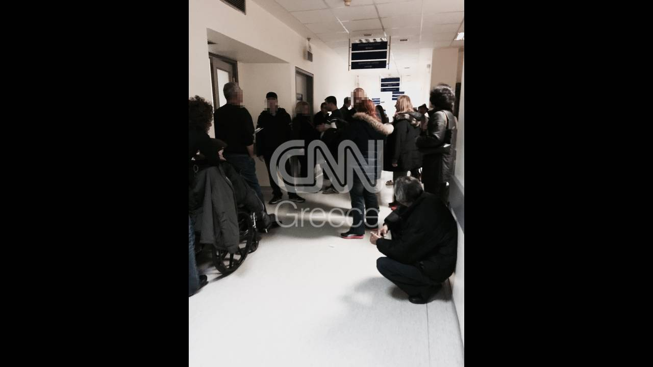 https://cdn.cnngreece.gr/media/news/2016/01/18/18846/photos/snapshot/laiko3.jpg