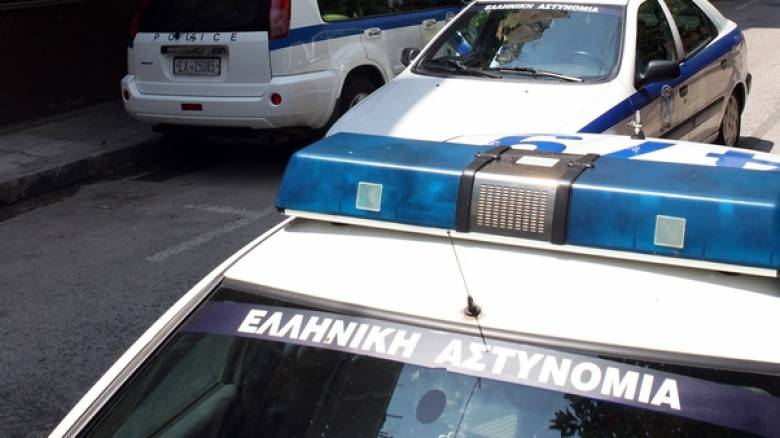 Αστυνομικός διώκεται για αποπλάνηση ανήλικης