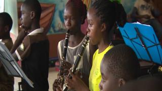 Οι μουσικές ιδιοφυΐες των παραγκουπόλεων του Ναϊρόμπι