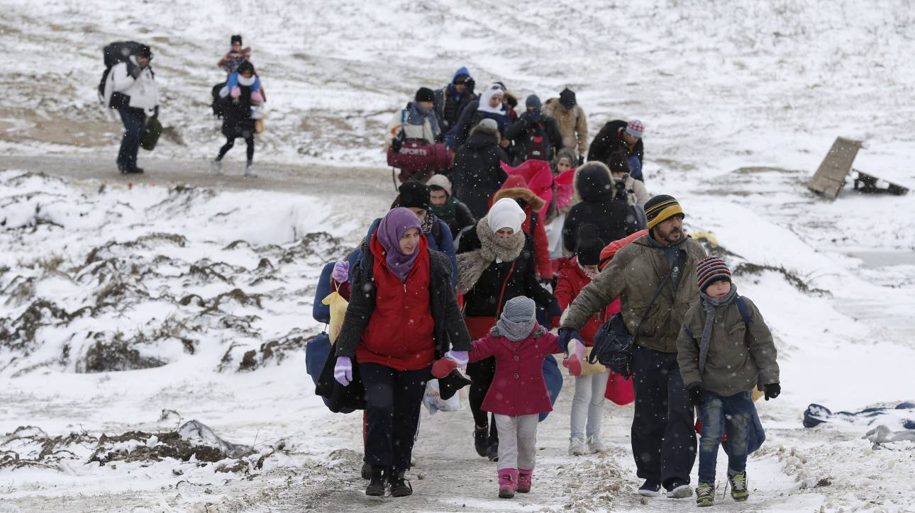 166c68e025d O χειμώνας απειλεί τα παιδιά των προσφύγων στον βαλκανικό διάδρομο ...