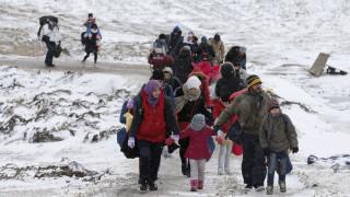 O χειμώνας απειλεί τα παιδιά των προσφύγων στον βαλκανικό διάδρομο