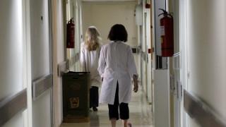Πλήρης ιατροφαρμακευτική περίθαλψη σε ανασφάλιστους με εισόδημα έως 12.000 ευρώ