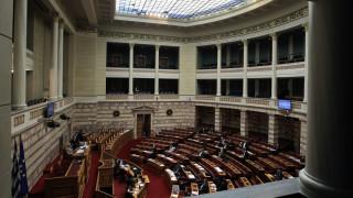 Πρώτη κοινοβουλευτική κόντρα Τσίπρα - Μητσοτάκη