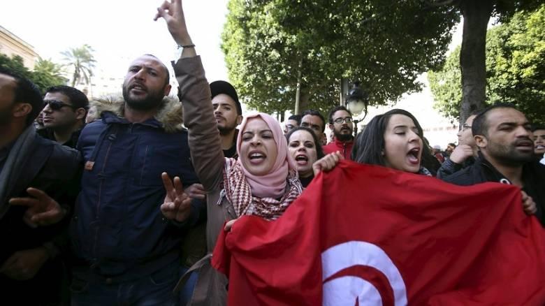 Τυνησία: Συγκρούσεις πολιτών - αστυνομίας σε διαδηλώσεις κατά της ανεργίας