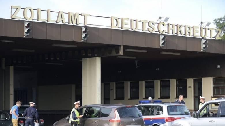 Ζώνη Σένγκεν: Έως και δύο χρόνια ενδέχεται να παραταθούν οι έλεγχοι στα εσωτερικά σύνορα