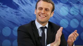 Η Γαλλία περιμένει άρση των κυρώσεων στη Ρωσία το καλοκαίρι