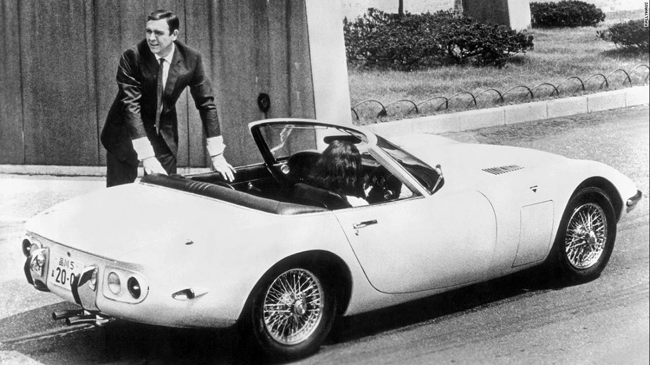https://cdn.cnngreece.gr/media/news/2016/01/25/19544/photos/snapshot/bond-cars-toyota-2000gt.jpg