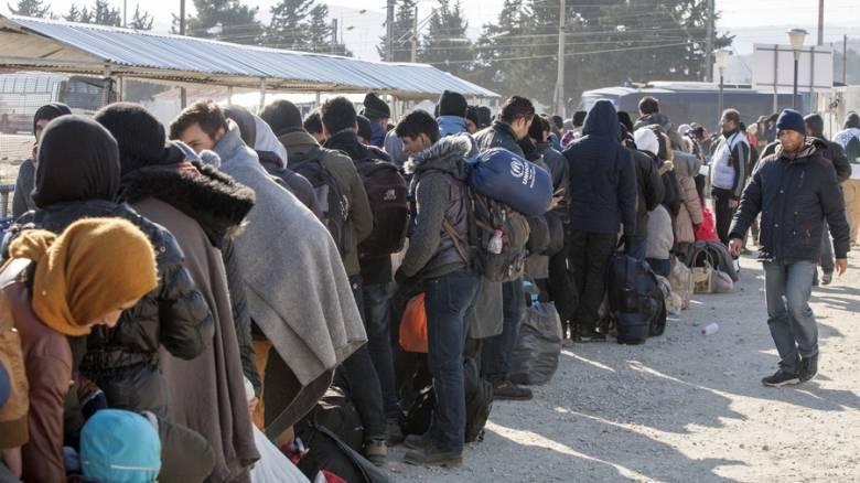 ΠΓΔΜ: Δεν κλείνει -για την ώρα- τα σύνορα με Ελλάδα