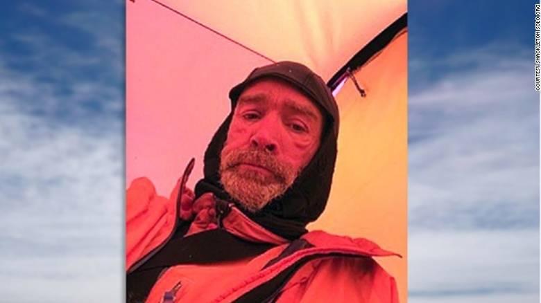 Πέθανε ο Βρετανός εξερευνητής που διέσχιζε με τα πόδια την Ανταρκτική