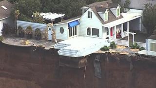 Σπίτια που «κρέμονται» στο γκρεμό λόγω διάβρωσης εδάφους