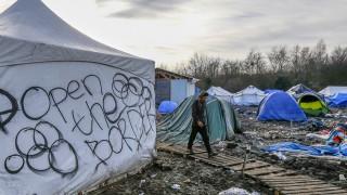 Προετοιμάζεται για σκληρότερη στάση η κεντρική Ευρώπη απέναντι στους πρόσφυγες