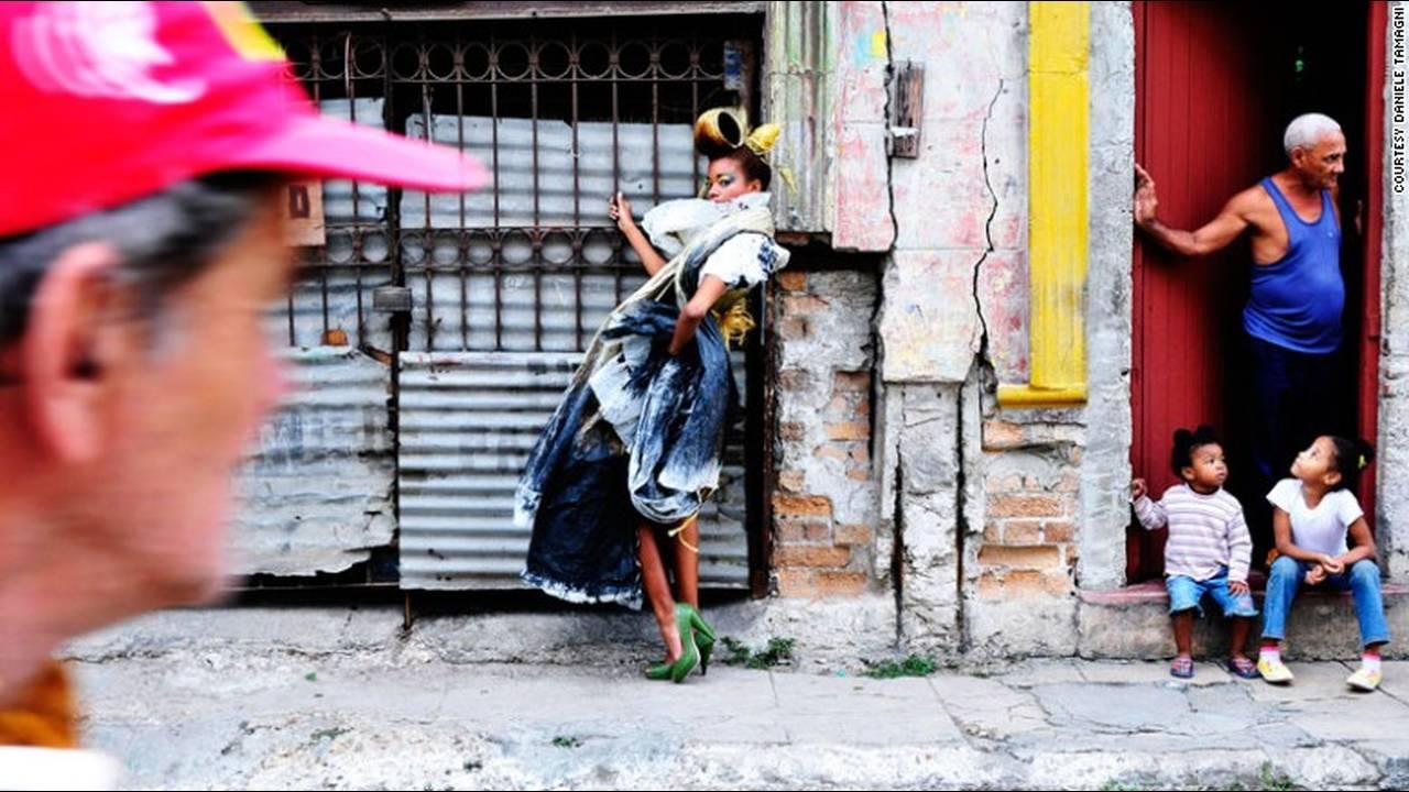 https://cdn.cnngreece.gr/media/news/2016/01/26/19647/photos/snapshot/151201172356-fashion-tribes-daniele-tamagni-habaneros-2.jpg