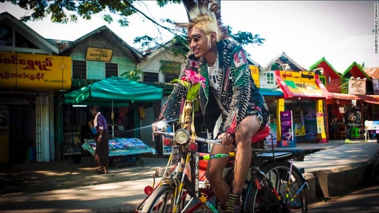 https://cdn.cnngreece.gr/media/news/2016/01/26/19647/photos/snapshot/151201173435-fashion-tribes-daniele-tamagni-burma-punks-7.jpg