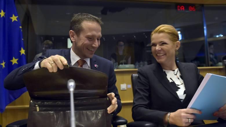 Ό,τι δεν πρόλαβαν να τους πάρουν οι τζιχαντιστές θα το κατάσχουν Ευρωπαίοι