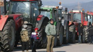 Αγροτικές κινητοποιήσεις: Αυξάνονται μπλόκα και τρακτέρ