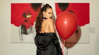 H Rihanna επέστρεψε και αυτά είναι πέντε πράγματα που πρέπει να ξέρεις για αυτήν