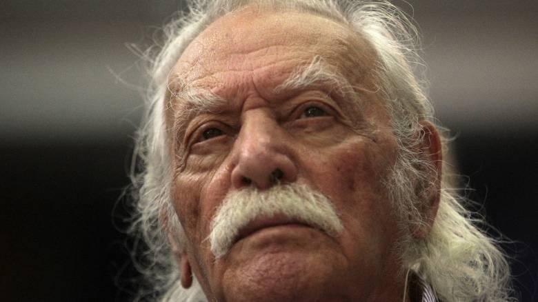 Γλέζος: «Ζητώ συγγνώμη που εμπιστεύθηκα τον Τσίπρα»