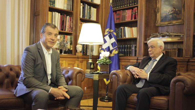 Πρόταση δέκα σημείων για το προσφυγικό κατέθεσε ο Σταύρος Θεοδωράκης