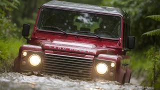 Το Land Rover Defender έσπασε όλα τα ρεκόρ μακριοβότητας, μένοντας στην παραγωγή για 7 δεκαετίες