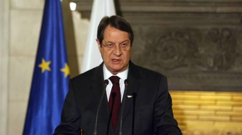 Κυπριακό: Eπικοινωνία  Μπάιντεν-Αναστασιάδη