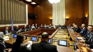 Η συριακή αντιπολίτευση απειλεί να αποχωρήσει από τις συνομιλίες