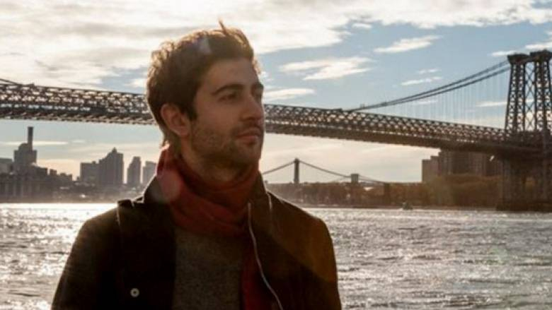 Μάχη για τη ζωή του δίνει Ιταλός ηθοποιός – Κρεμάστηκε στην σκηνή ως κομμάτι του ρόλου του