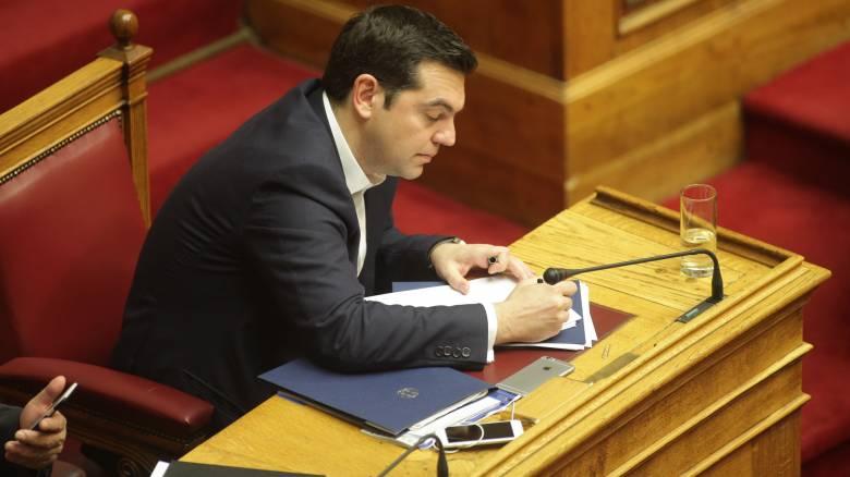 Ο Αλέξης Τσίπρας ζητά την πολιτική υποστήριξη της Άνγκελα Μέρκελ