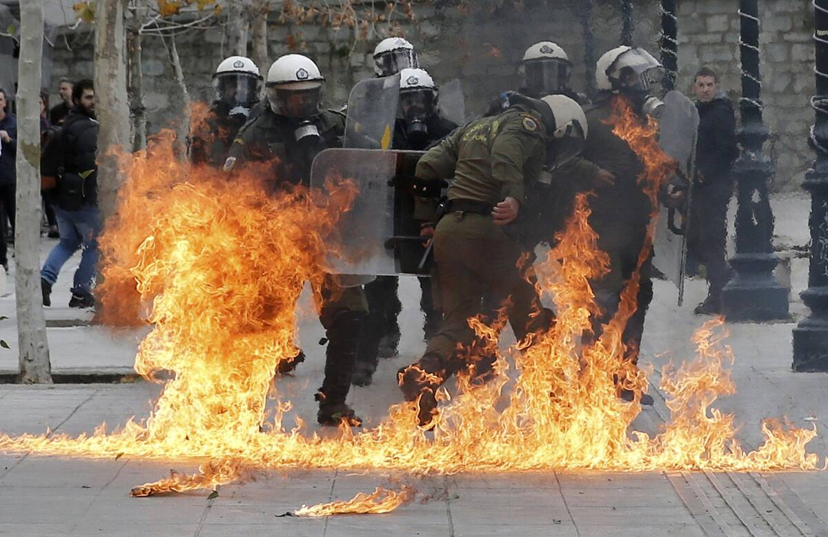 ReutersGreeceClashes2