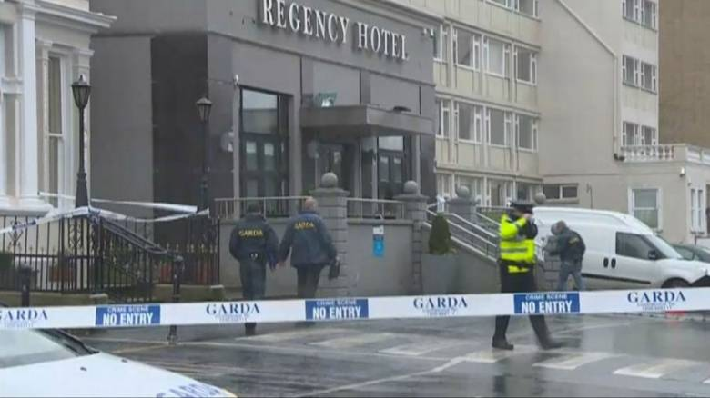 Εισβολή ενόπλων και πυροβολισμοί σε ξενοδοχείο στο Δουβλίνο