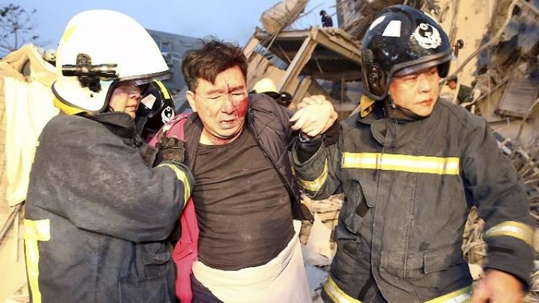 Σεισμός 6,4 Ρίχτερ στην Ταϊβάν, κατέρρευσαν κτίρια