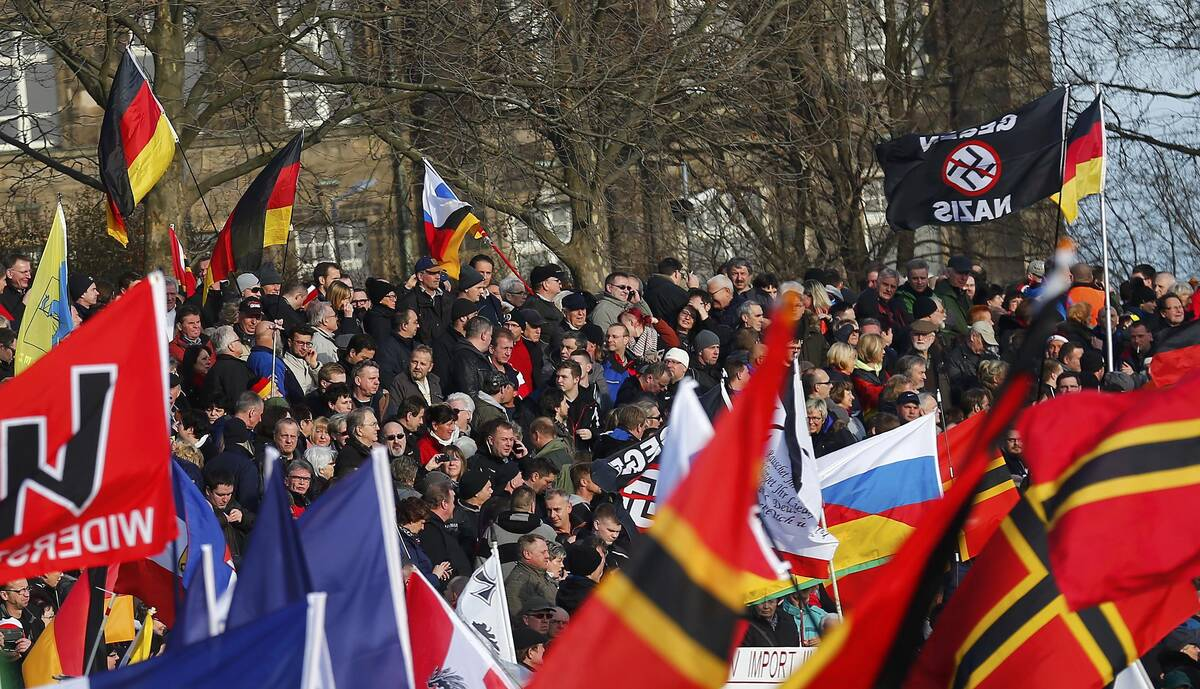 2016 02 06T141014Z 1504295964 LR1EC2613CRYE RTRMADP 3 EUROPE MIGRANTS PROTESTS GERMANY