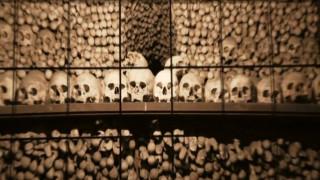 Ένα παρεκκλήσι «διακοσμημένο» με δεκάδες χιλιάδες οστά που προκαλεί δέος