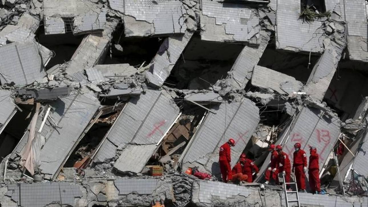 Σεισμός Ταϊβάν: Συνεχίζονται οι επιχειρήσεις διάσωσης