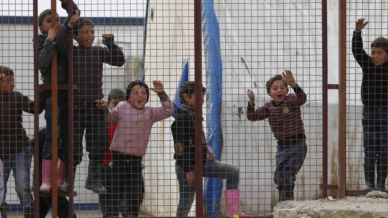 Μουζάλας: Η Ευρώπη απροετοίμαστη μπροστά στην προσφυγική κρίση