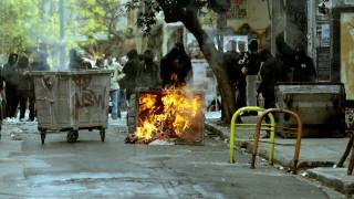 Επιθέσεις στα Εξάρχεια: Με μηχανοκίνητες ομάδες «θωρακίζονται» τα ΜΑΤ