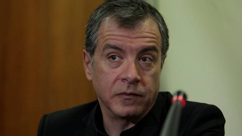 Θεοδωράκης: Τελευταία πράξη του δράματος ενδεχόμενες εκλογές