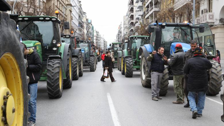 Μπλόκα αγροτών:Έρχονται διχασμένοι στην Αθήνα