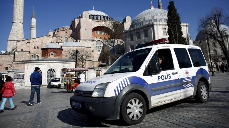Τούρκος πρέσβης στην ΕΕ: Η Ευρώπη βρίσκεται σε πανικό, θα τη βοηθήσουμε