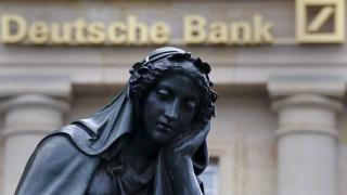 Οι επενδυτές χάνουν την εμπιστοσύνη τους στην Deutsche Bank