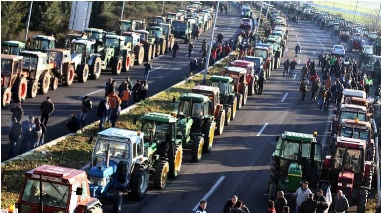 Κυβέρνηση: Kανένα τρακτέρ δε θα μπει στην Αθήνα