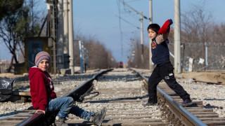 Συρματόπλεγμα στην σιδηροδρομική γραμμή της Ειδομένης