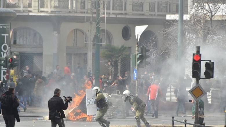 Αγρότες: Σε τέσσερις συλλήψεις προχώρησε η αστυνομία (pics)