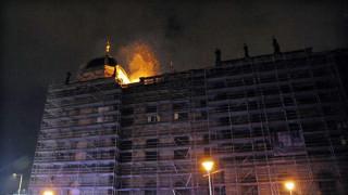 Πράγα: Πυρκαγιά κατέστρεψε τη σκεπή του Εθνικού Μουσείου