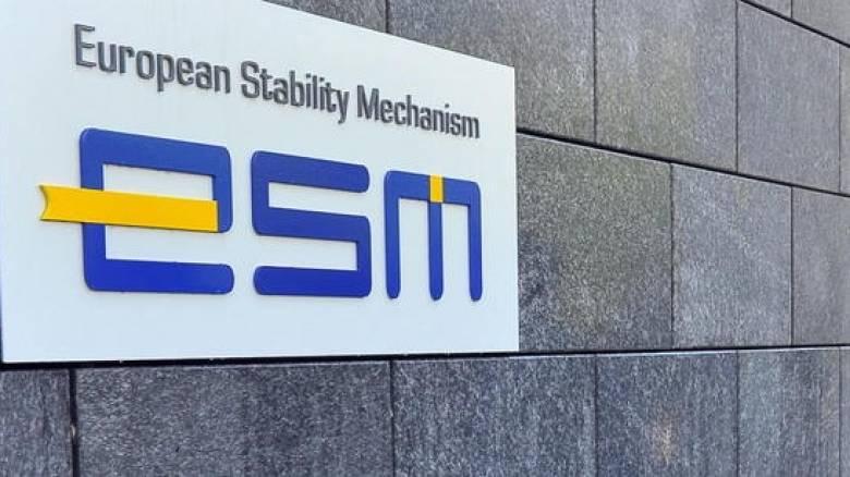 Ο ESM δεν έχει τρέξει νέα σενάρια για την αναδιάρθρωση του ελληνικού χρέους