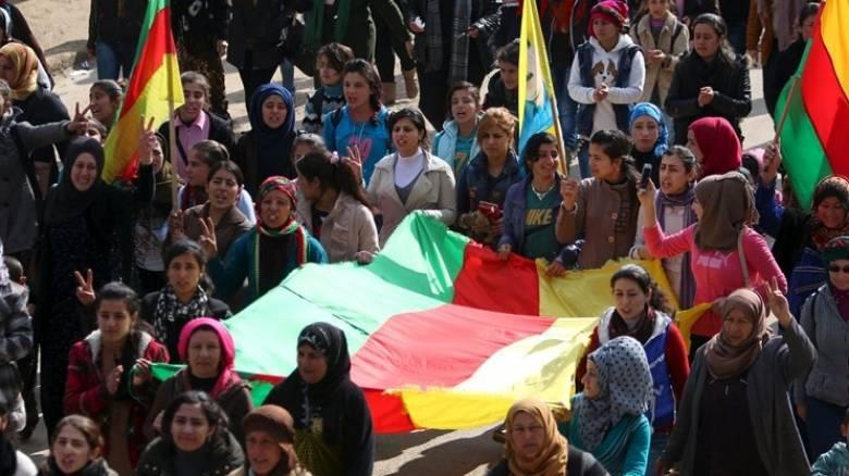 Χιλιάδες Κούρδοι διαδήλωσαν στη Γαλλία υπέρ της αποφυλάκισης Οτζαλάν